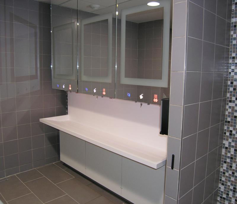 Module robinet, distributeur de savon et sèche-mains électrique encastrable