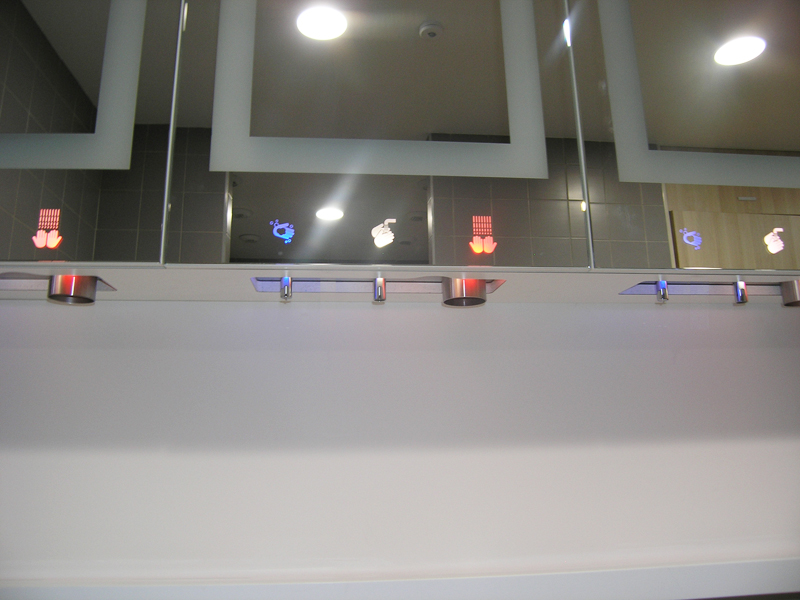 Module miroir savon eau air sur platine inox pour usage intensif