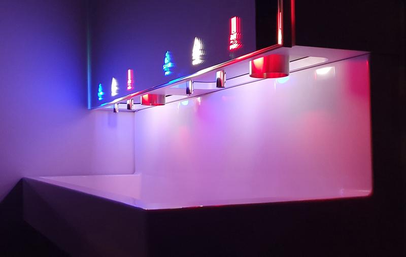 Module miroir design avec pictogrammes lumineux